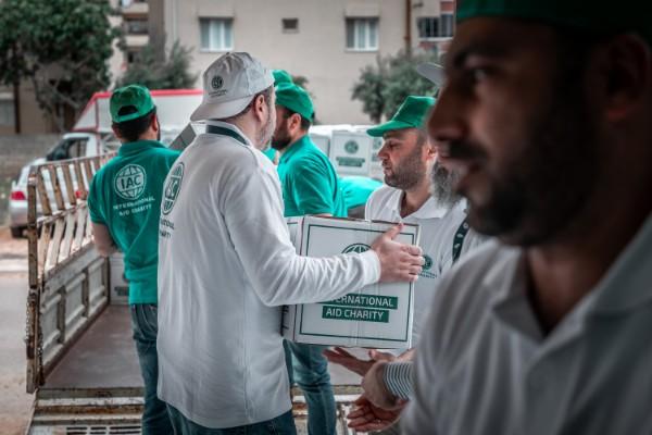 iac-charity-vip-drive-volunteers-loading